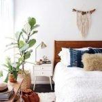 20 Best Boho Farmhouse Bedroom Decor Ideas (5)