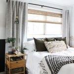 20 Best Boho Farmhouse Bedroom Decor Ideas (7)