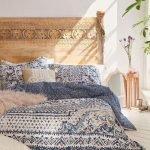 20 Best Boho Farmhouse Bedroom Decor Ideas (8)