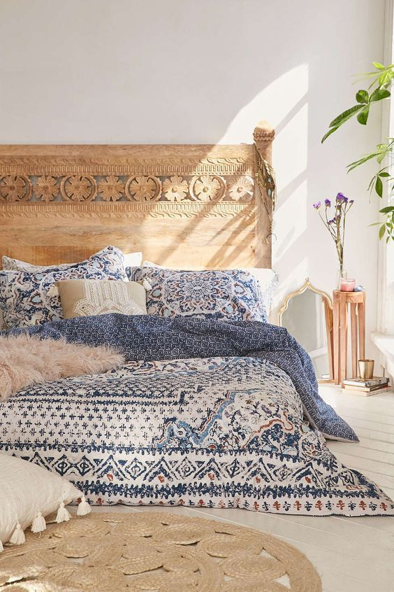 20 Best Boho Farmhouse Bedroom Decor Ideas (8)