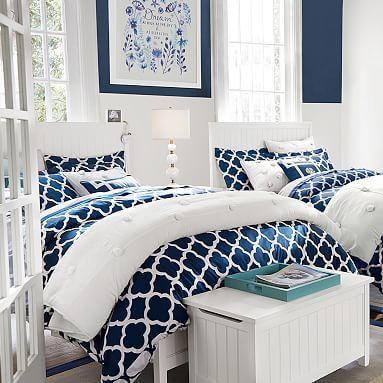 20 Best Coastal Farmhouse Bedroom Decor Ideas (5)
