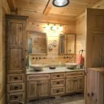 20 Best Farmhouse Bathroom Lighting Decor Ideas (13)