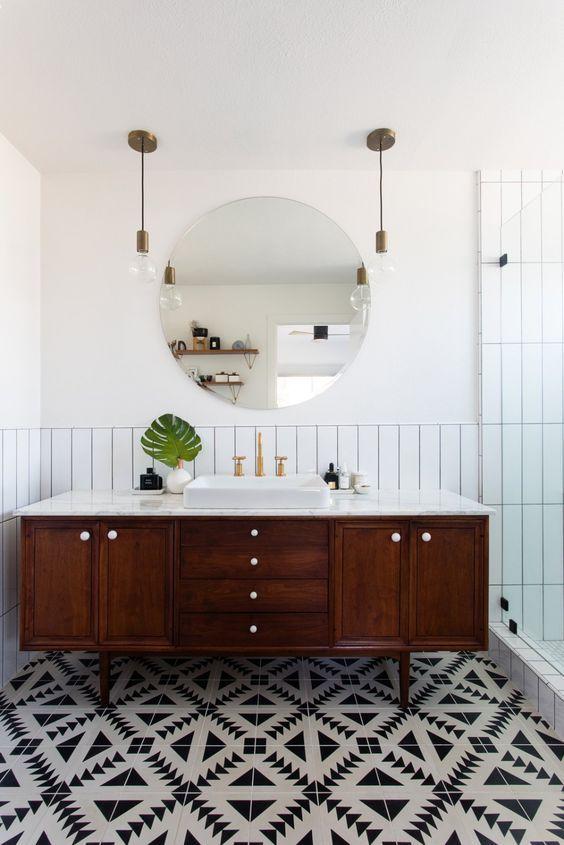 20 Best Farmhouse Bathroom Lighting Decor Ideas (2)