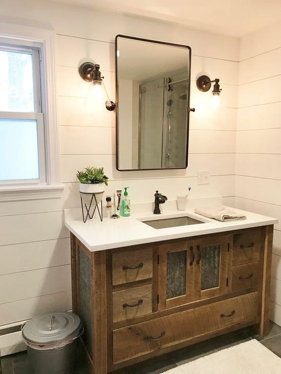20 Best Farmhouse Bathroom Tile Decor Ideas (3)