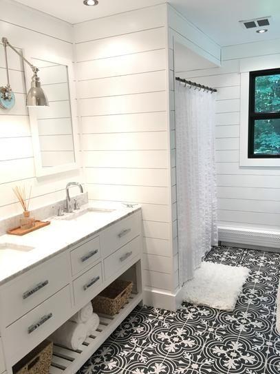 20 Best Farmhouse Bathroom Vanity Decor Ideas (10)