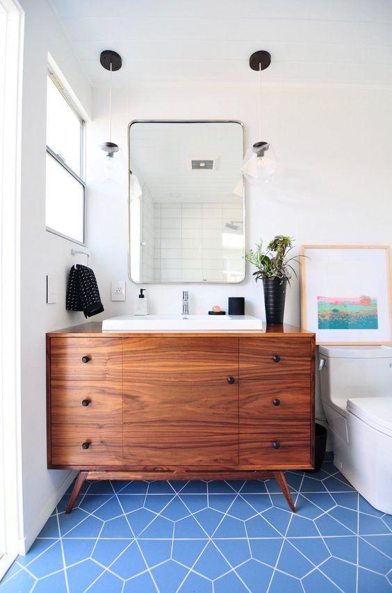 20 Best Farmhouse Bathroom Vanity Decor Ideas (20)