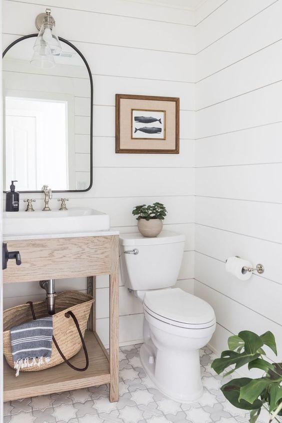 20 Best Farmhouse Bathroom Vanity Decor Ideas (3)