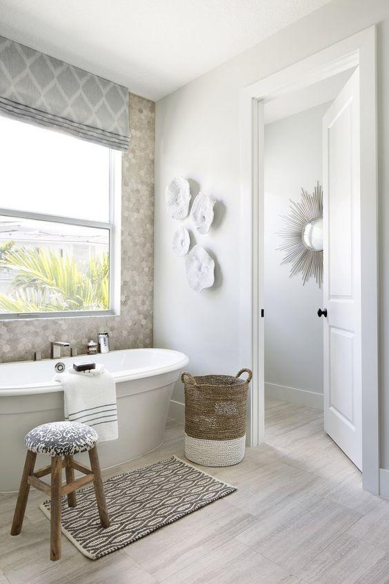 20 Best Farmhouse Bathroom Vanity Decor Ideas (9)