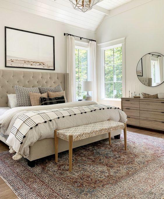 20 Best Farmhouse Bedroom Decor Ideas (20)