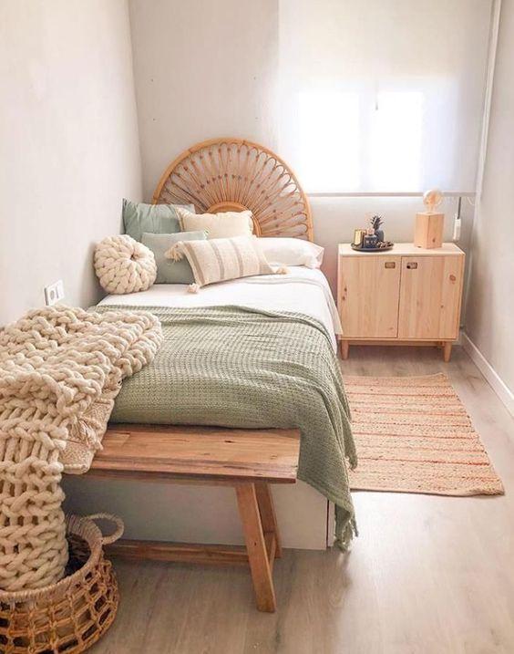 20 Best Farmhouse Bedroom Decor Ideas (7)
