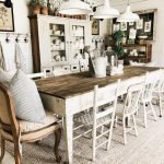 20 Best Farmhouse Dining Room Decor Ideas (17)
