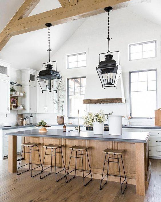 20 Best Farmhouse Dining Room Lighting Decor Ideas (11)