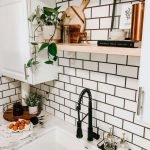 20 Best Farmhouse Kitchen Backsplash Decor Ideas (17)