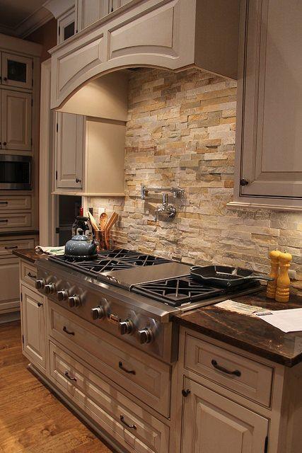 20 Best Farmhouse Kitchen Backsplash Decor Ideas (2)