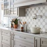 20 Best Farmhouse Kitchen Backsplash Decor Ideas (3)