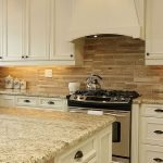 20 Best Farmhouse Kitchen Backsplash Decor Ideas (8)