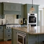 20 Best Farmhouse Kitchen Cabinets Decor Ideas (10)