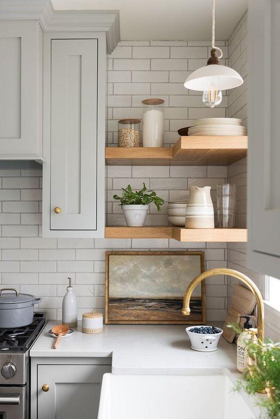 20 Best Farmhouse Kitchen Cabinets Decor Ideas (4)