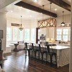 20 Best Farmhouse Kitchen Lighting Decor Ideas (10)
