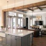20 Best Farmhouse Kitchen Lighting Decor Ideas (14)