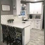 20 Best Farmhouse Kitchen Lighting Decor Ideas (2)