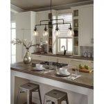 20 Best Farmhouse Kitchen Lighting Decor Ideas (3)