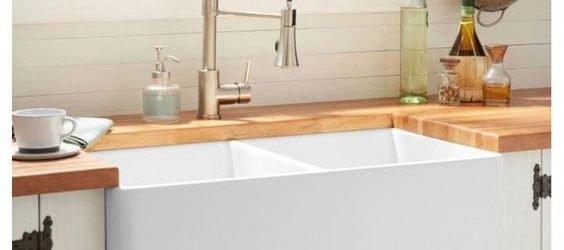 20 Best Farmhouse Kitchen Sink Decor Ideas (18)