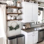 20 Best Farmhouse Kitchen Wall Decor Decor Ideas (5)