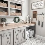 20 Best Farmhouse Laundry Room Decor Ideas (16)