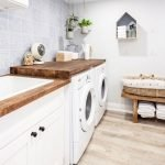 20 Best Farmhouse Laundry Room Decor Ideas (7)