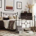 20 Best Industrial Farmhouse Bedroom Decor Ideas (11)