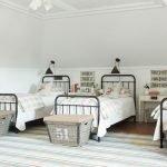 20 Best Industrial Farmhouse Bedroom Decor Ideas (17)