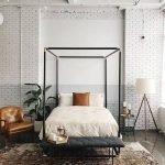 20 Best Industrial Farmhouse Bedroom Decor Ideas (4)
