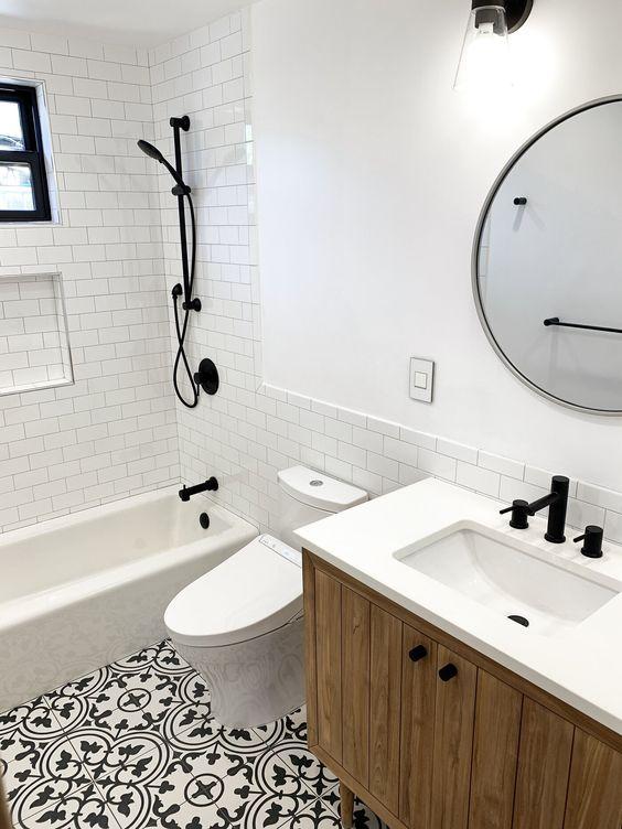 20 Best Small Farmhouse Bathroom Decor Ideas (15)