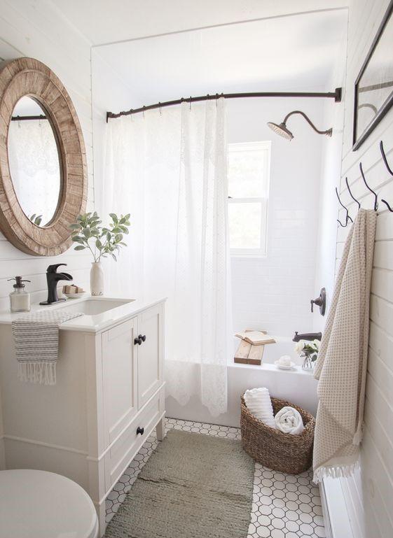 20 Best Small Farmhouse Bathroom Decor Ideas (9)