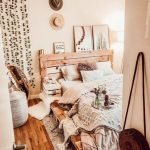 20 Best Small Farmhouse Bedroom Decor Ideas (1)