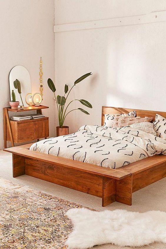20 Best Small Farmhouse Bedroom Decor Ideas (14)