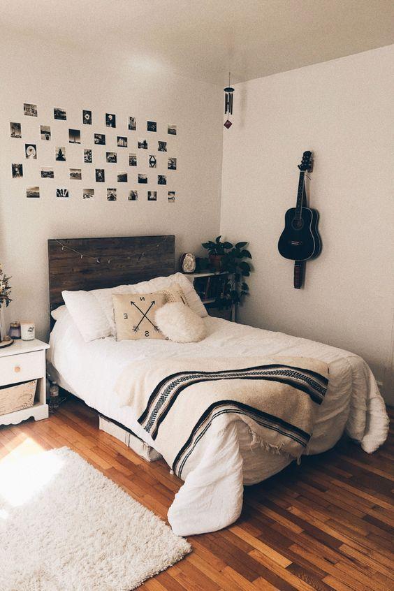 20 Best Small Farmhouse Bedroom Decor Ideas (4)
