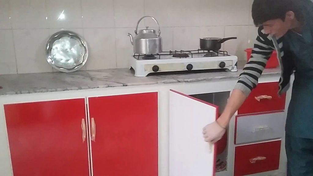 Nice  Modular Kitchen Design Red And White