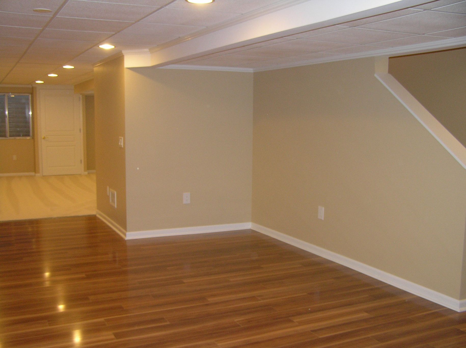 Gorgeous Basement Floor And Wall Color Ideas
